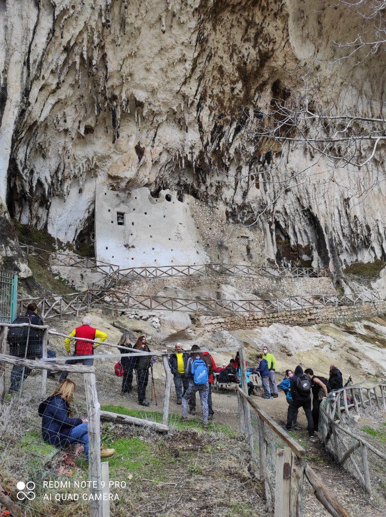 La chiesa rupestre di Madonna del Fiume