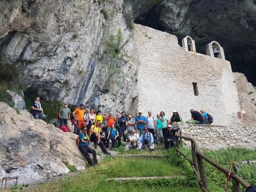 esterno grotta